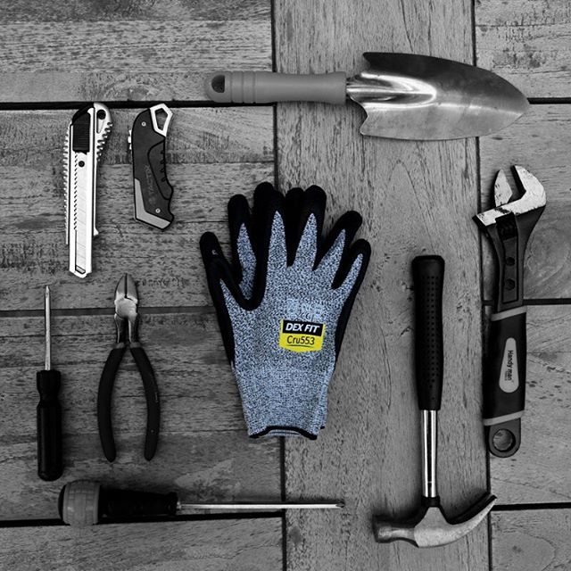 preventable-hazards-with-cut-resistant-gloves-when-working-work-loss-due-to-injury-thumb